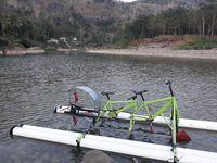Sepeda air dengan materi lain (Pradito/detikcom)