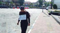 Jalan Kaki Yogya-Jakarta, Lilik Ingin Beri Wayang Sengkuni ke Jokowi