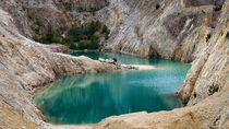 Foto: Danau Cantik Tapi Beracun di Spanyol