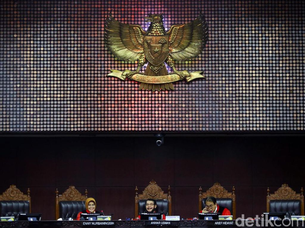 Tak Hadiri Sidang MK Sama Sekali, Gugatan Partai Berkarya Gugur