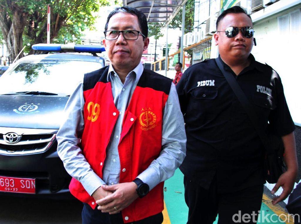 Mantan Plt Ketum PSSI Joko Driyono Dihukum 1,5 Tahun Penjara