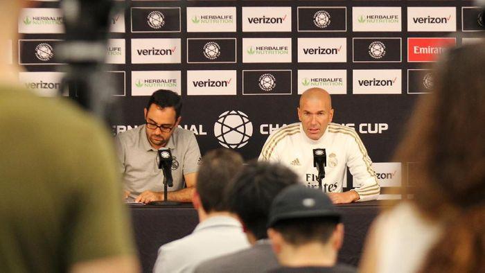 Pelatih Real Madrid Zinedine Zidane menepis anggapan tidak menghormati Gareth Bale. (Foto: Nathan Frandino / Reuters)