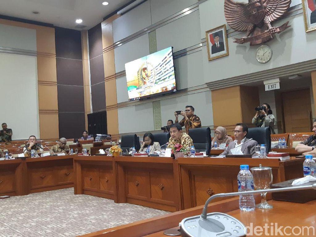 Pertimbangan Amnesti Baiq Nuril Diputuskan Besok, Komisi III Undang Menkum
