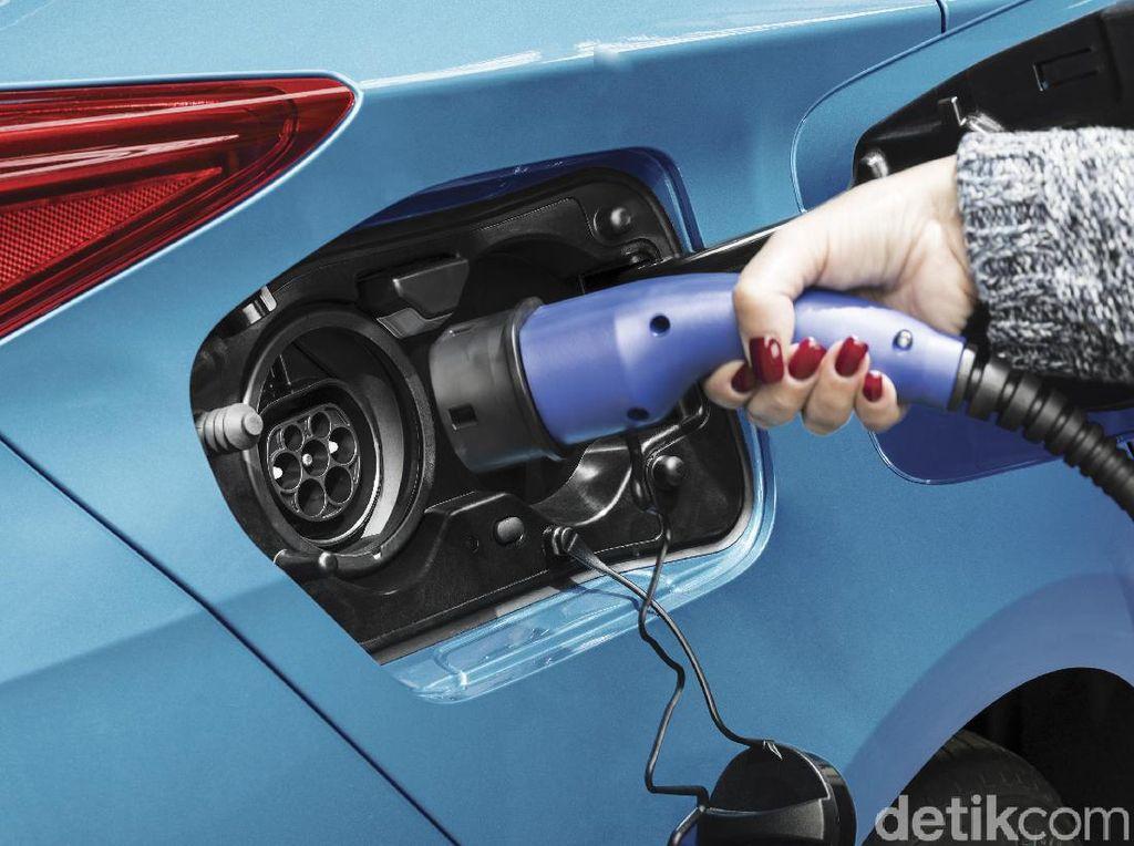 Sabar, Rencana Toyota Bikin Mobil Hybrid di RI Masih Digodok