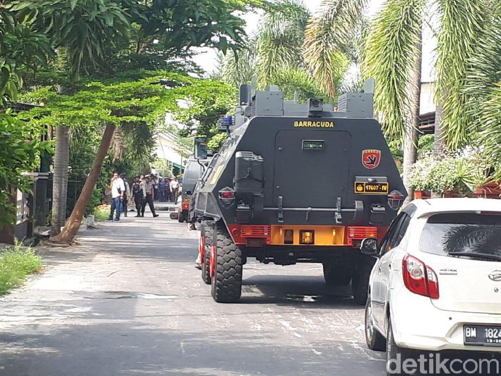 Polisi Sita 5 Senpi dari Arena Baku Tembak dengan Bandar Narkoba