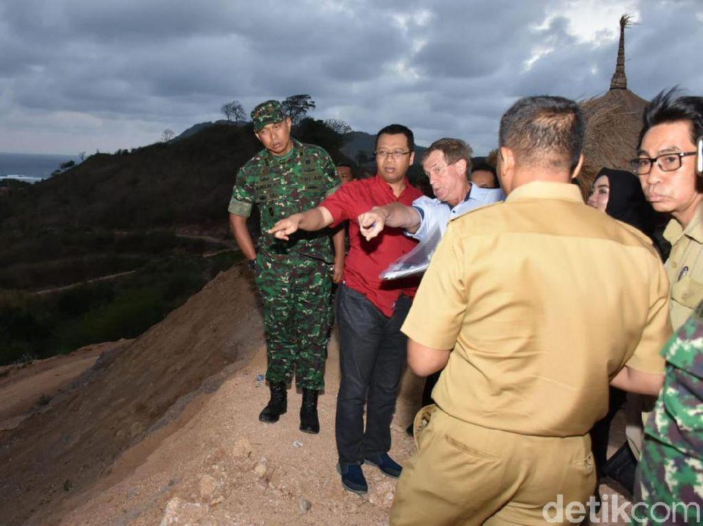 Tambang Emas di Bukit Prabu Dekat Mandalika Akan Dihentikan