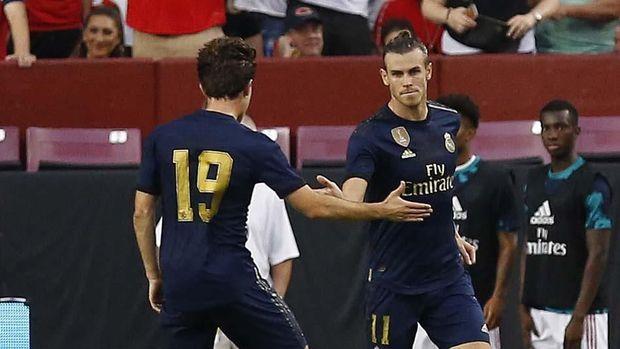 Real Madrid kalahkan Arsenal lewat adu penalti.