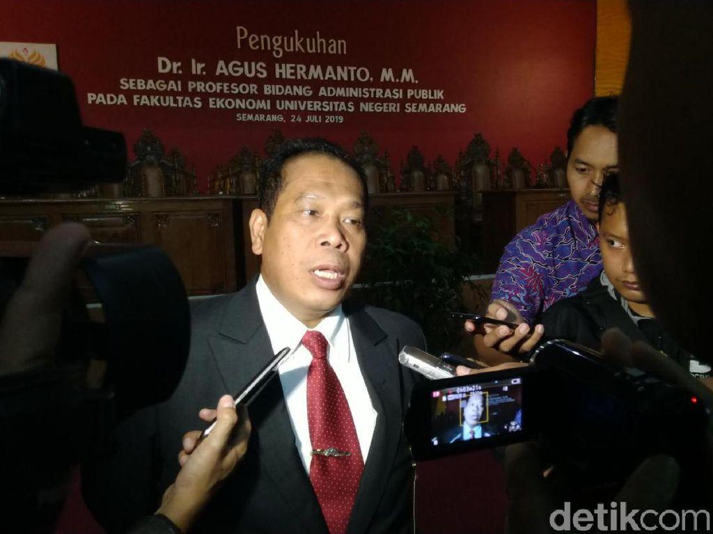 Dekan FH UGM Soal Rektor Unnes: Jika Terbukti Plagiat Copot Gelarnya!