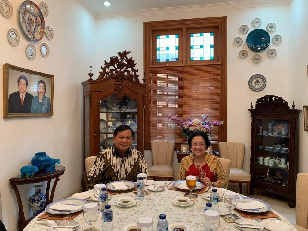 Bakwan Khusus Buatan Megawati Disajikan untuk Prabowo