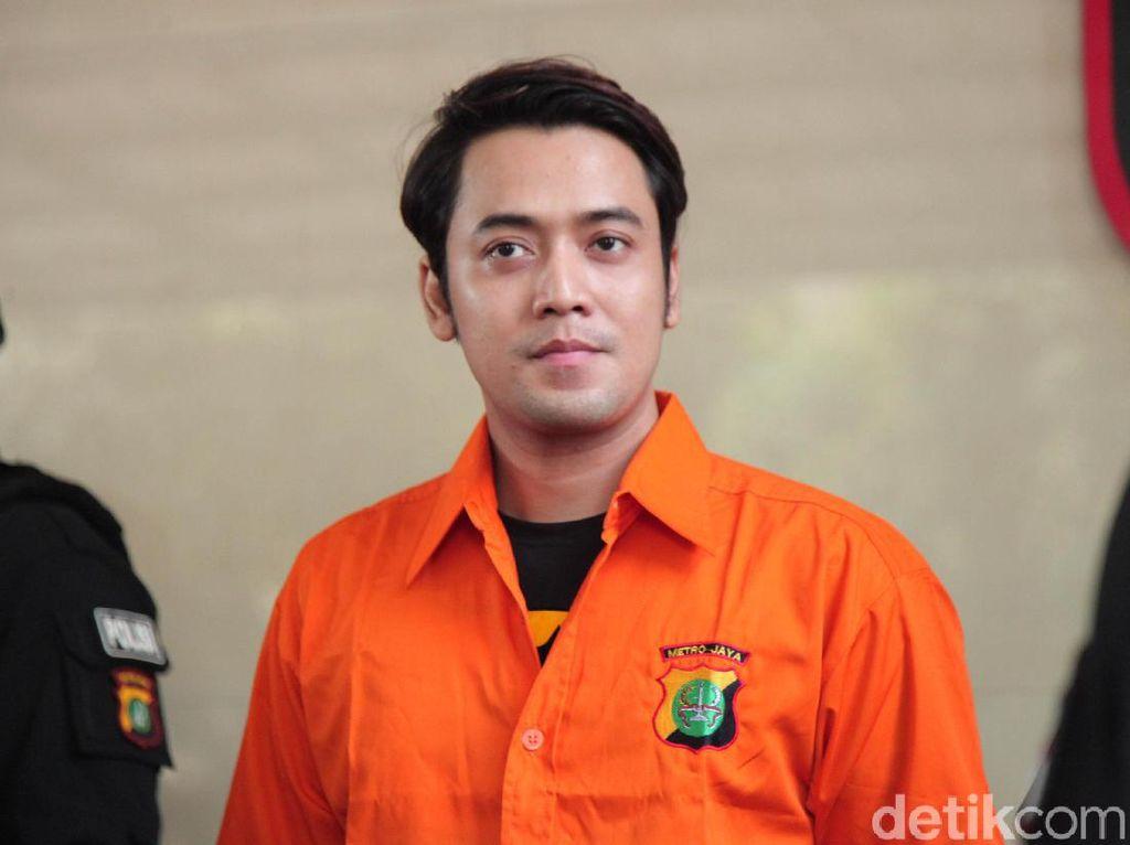 Kriss Hatta Rayakan Ultah di Tahanan Polda Metro Jaya