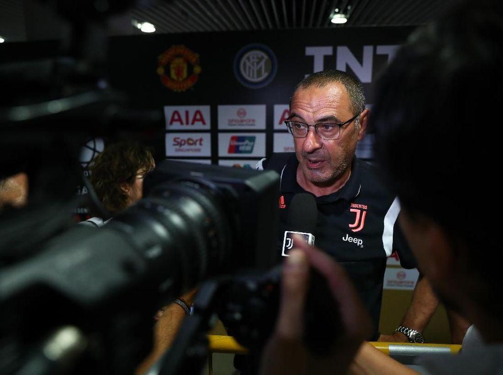 Pelatih Juventus Kena Pneumonia, Samakah dengan Paru-paru Basah?