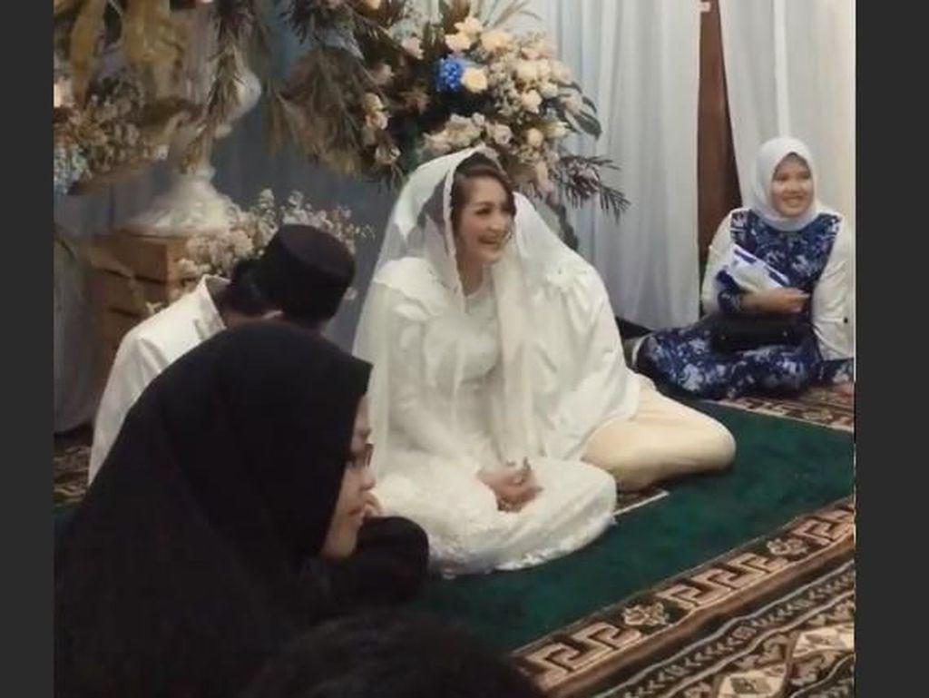 Besok Akad Nikah, Siti Badriah Hari Ini Gelar Pengajian