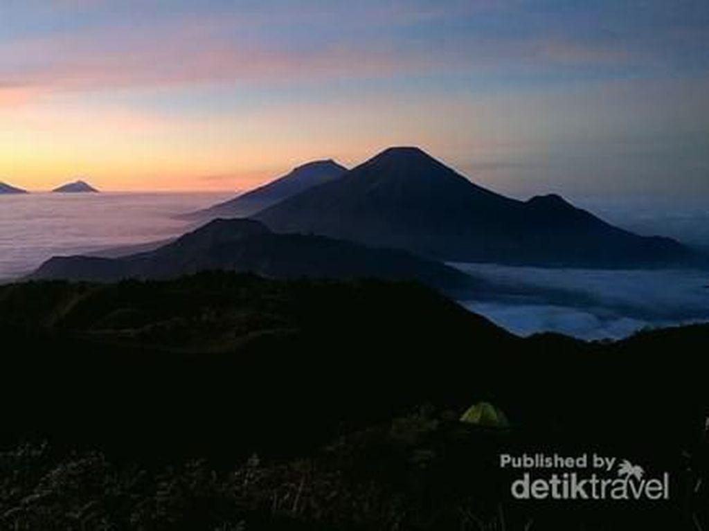 Oh Gunung Prau, Cantikmu Tiada Dua