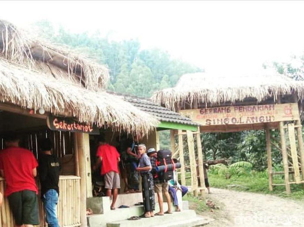 Jalur Pendakian Raja Brawijaya di Gunung Lawu Sempat Ditutup, Ini Alasannya