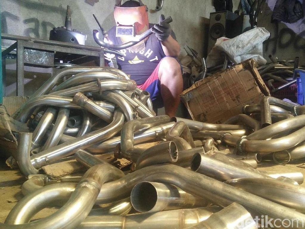 Polisi Sita 180 Knalpot Creampie Palsu dari Pengepul di Purbalingga