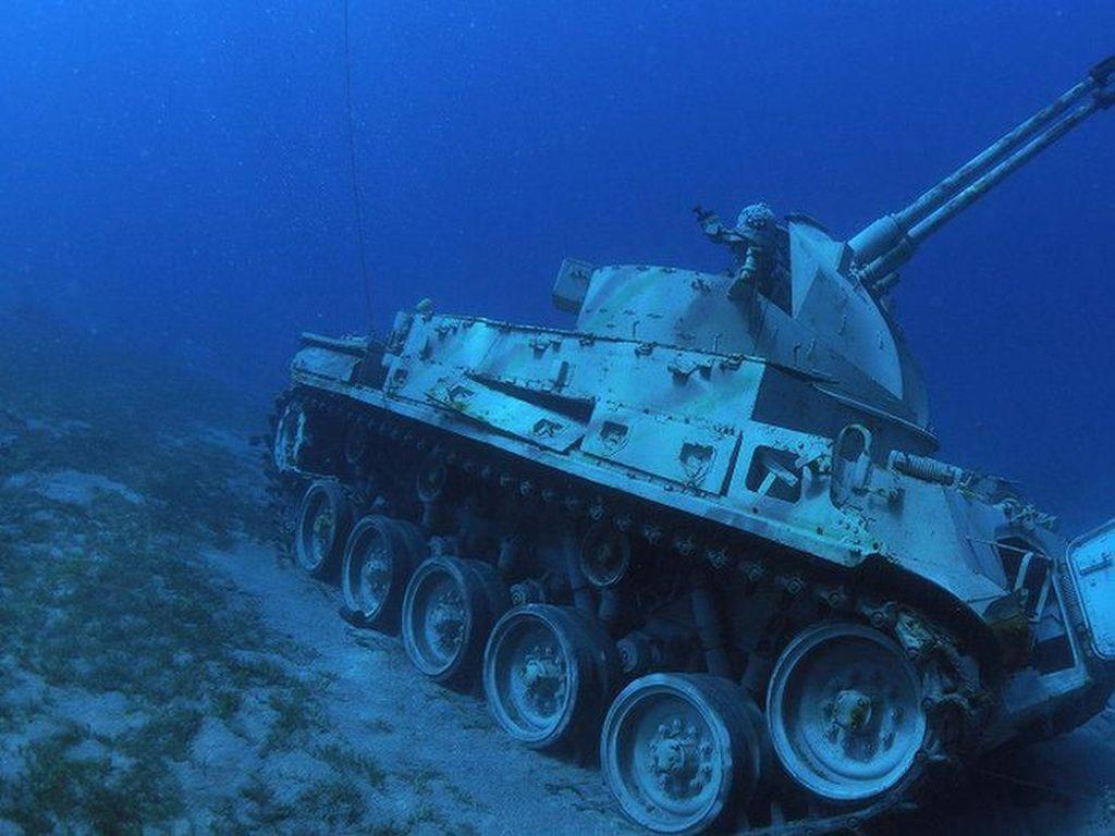 Pertama di Dunia, Yordania Resmikan Museum Militer Bawah Laut