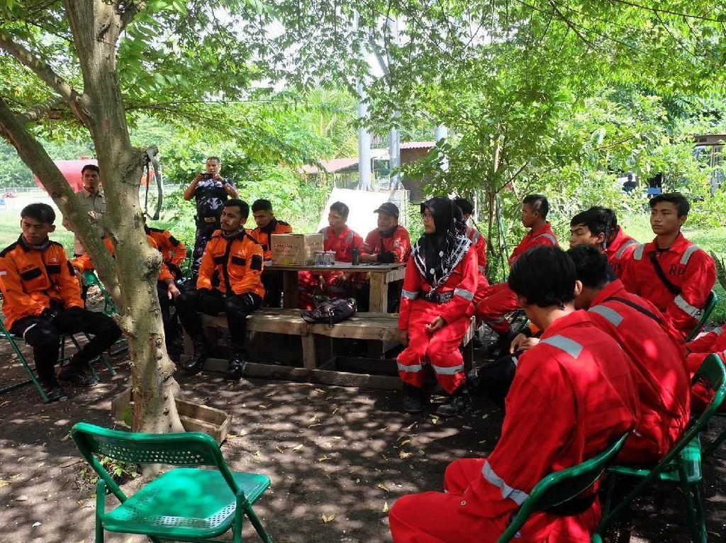 Cerita Pemadam Karhutla: Lost Contact hingga Menginap di Tengah Hutan