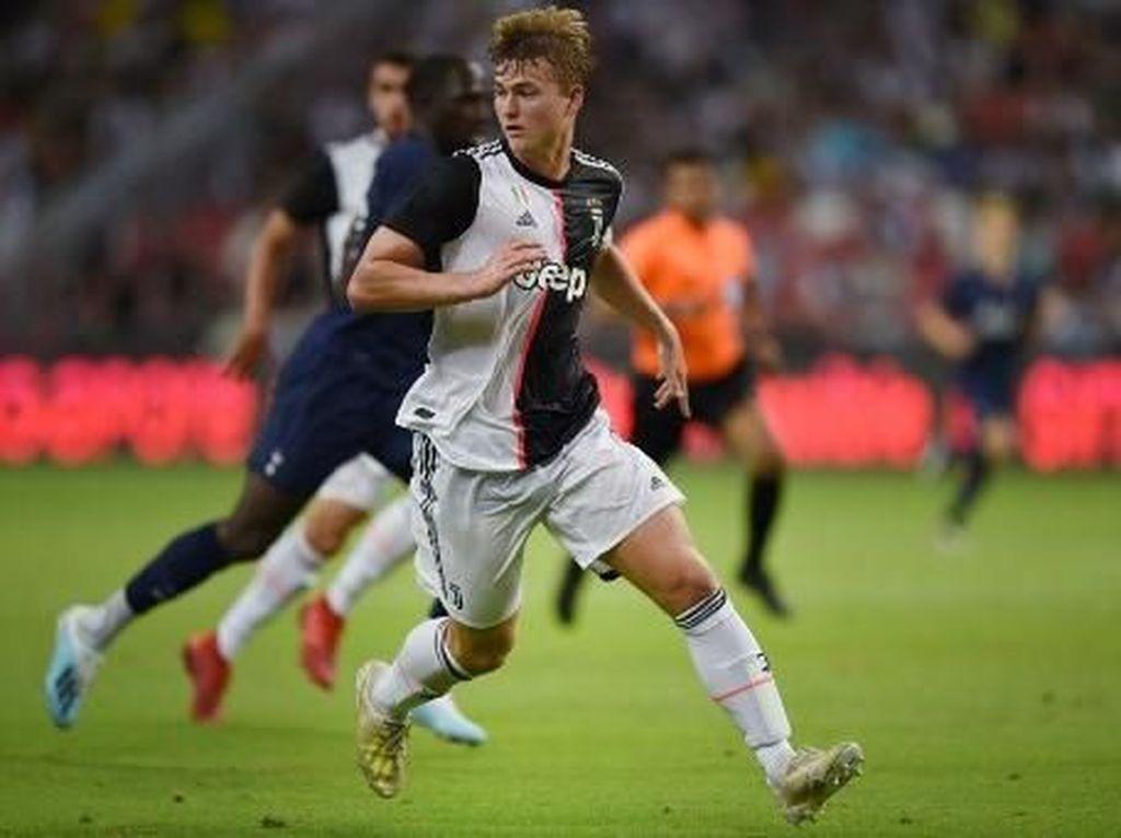 De Boer: Start De Ligt di Juve Lambat? Sama Kok Seperti di Ajax