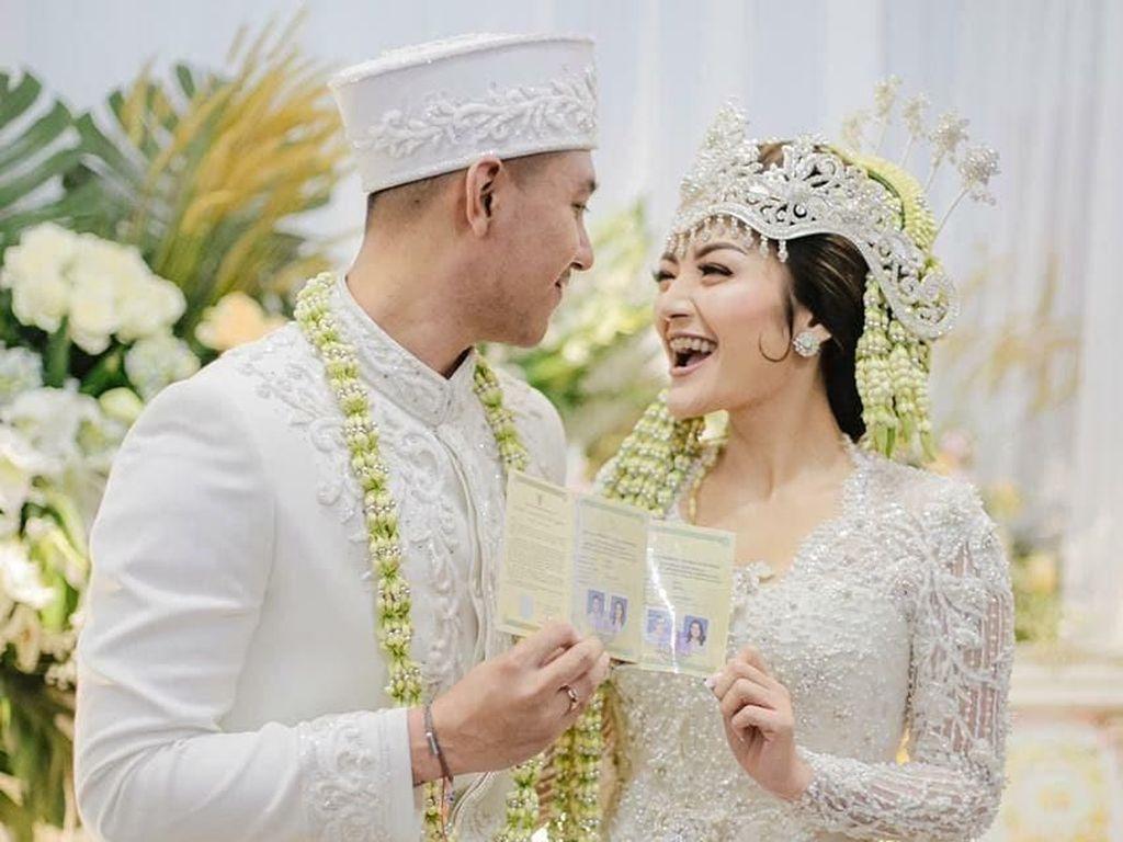 Meriah Banget Malam Pertama Siti Badriah dan Krisjiana