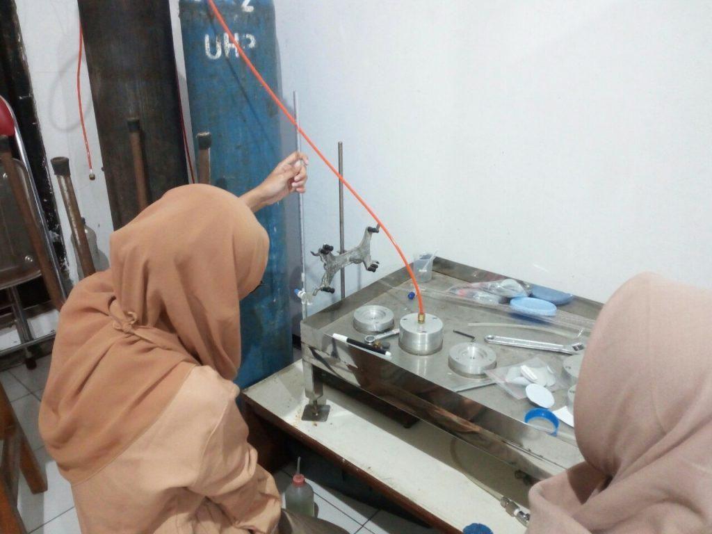 Mahasiswa ITS Teliti Membran Pengolah Limbah CO2 Industri Kilang Minyak
