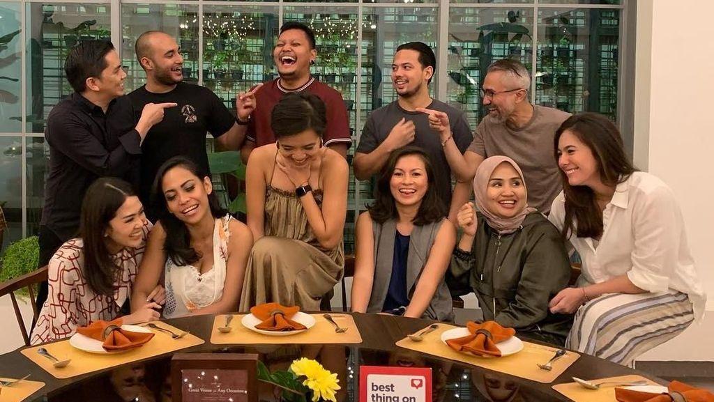 Sebelum Tertangkap Karena Kasus Ganja, Sutradara Robby Ertanto Eksis Kulineran Bareng Seleb