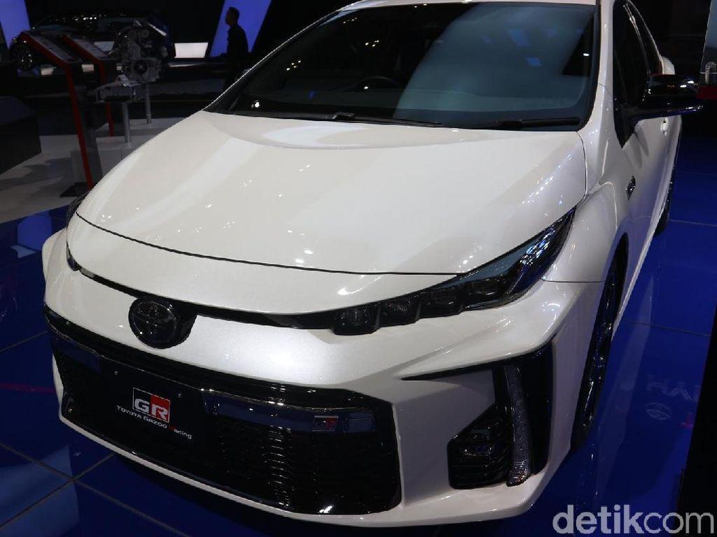 Konsumsi BBM Mobil Incaran Sri Mulyani Ajib Betul, 37,2 Km/Liter!