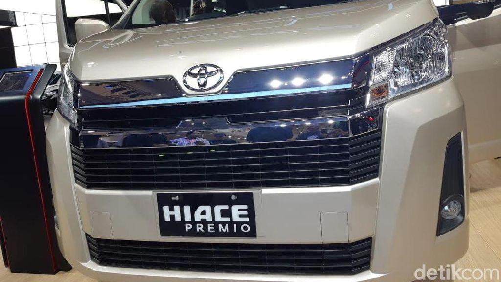 Toyota Luncurkan HiAce Versi Premium