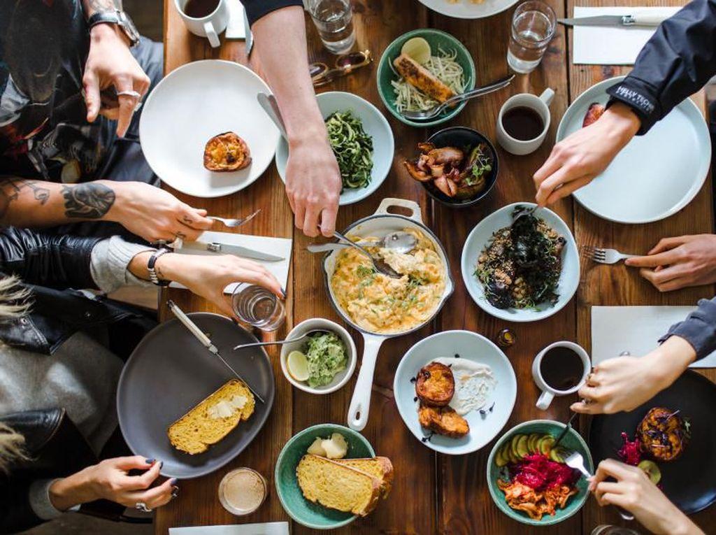 Makan Berlebihan Dilarang dalam Alquran, Ini 5 Efek Buruknya untuk Kesehatan