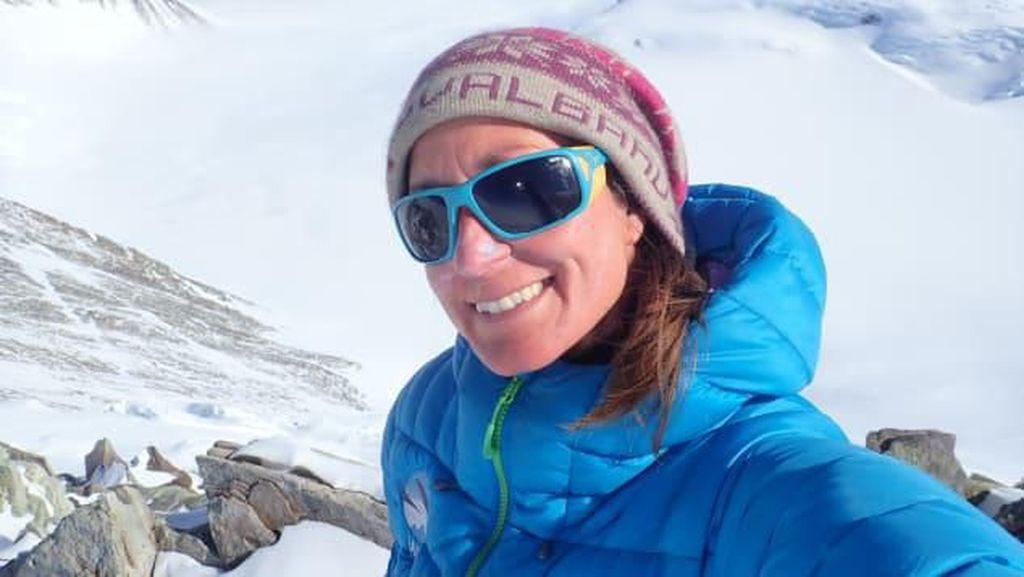 Potret Wanita Hebat, Ekspedisi Solo di Antartika