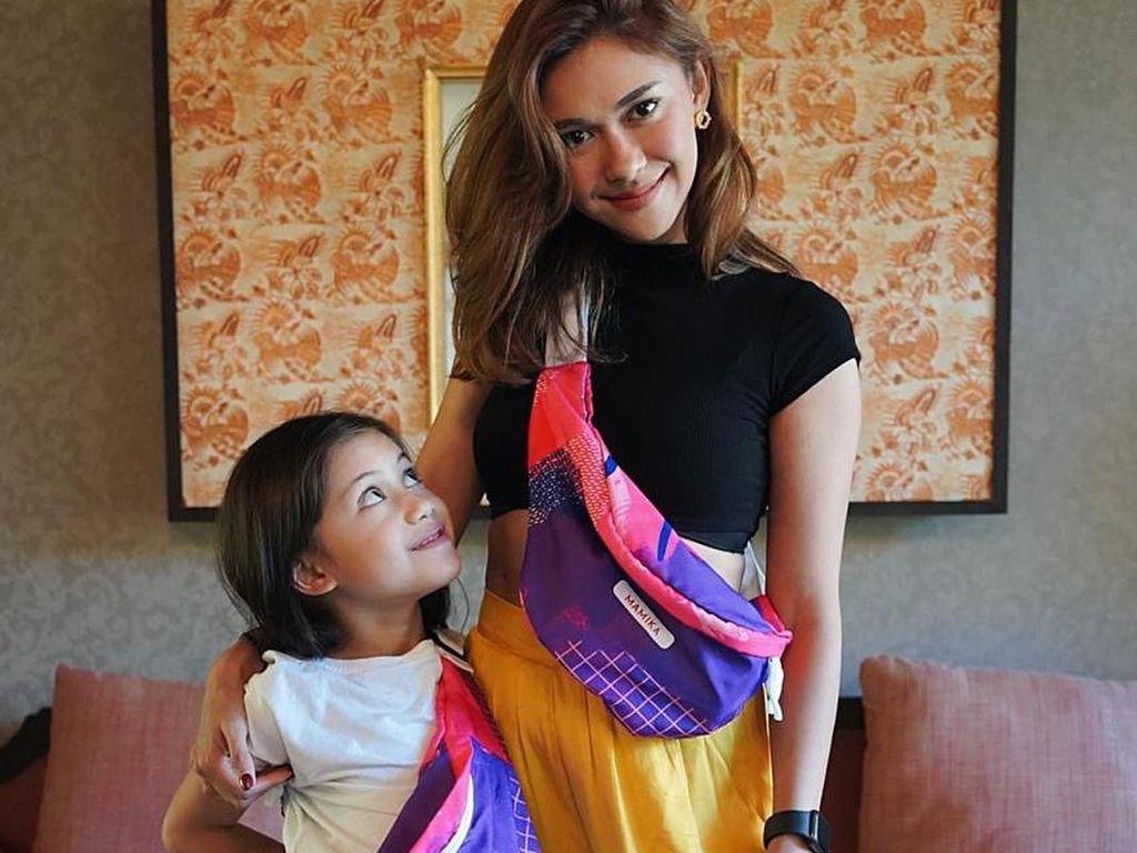 Giliran Bahasa Anak Nana Mirdad Diusik Netizen