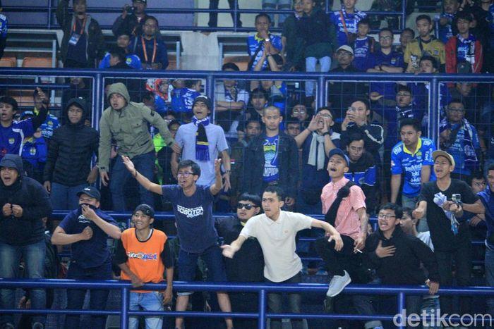 Bali United mengalahkan Persib Bandung dalam laga lanjutan Liga 1 2019 di Stadion Si Jalak Harupat, Soreang, Kabupaten Bandung, Jumat (26/7/2019). Serdadu Tridatu kalahkan Maung Bandung dengan skor 2-0.