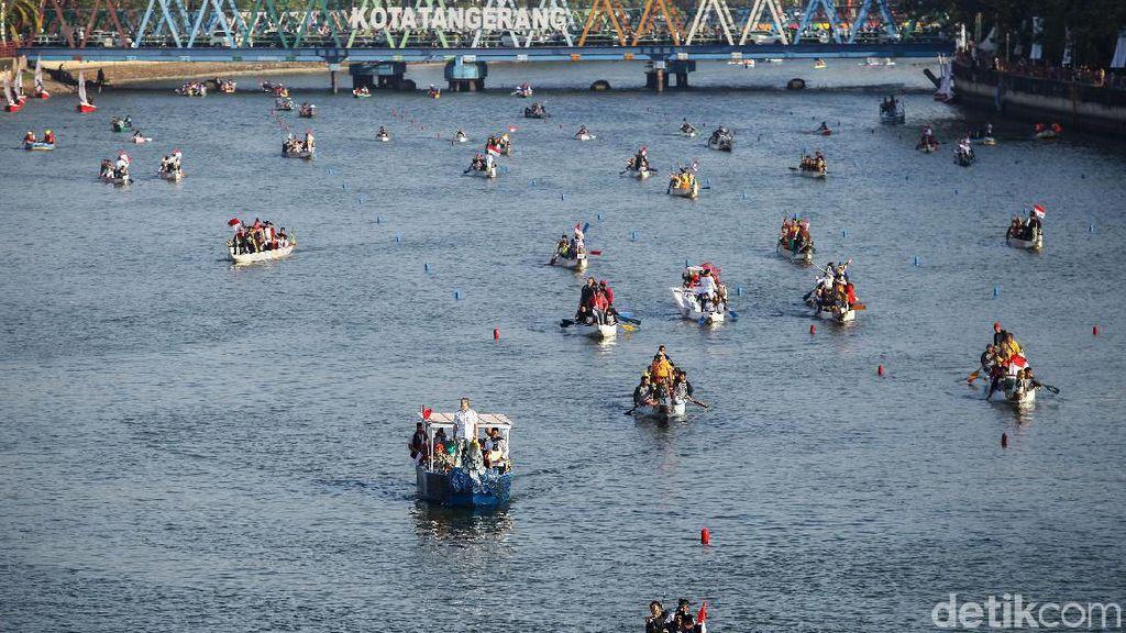 Parade Perahu Naga Meriahkan Pembukaan Festival Cisadane