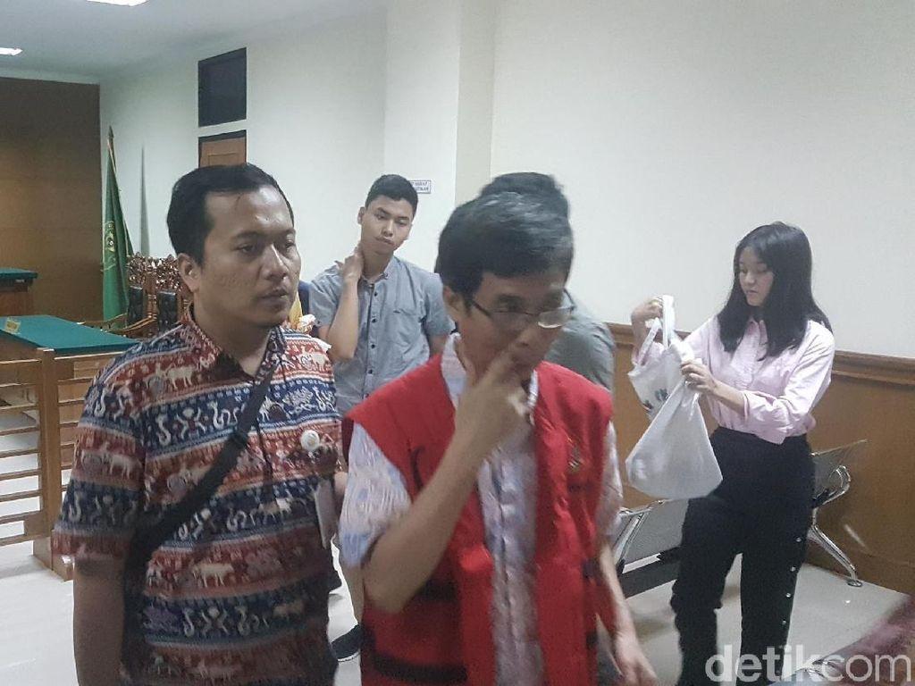 2 Terdakwa Korupsi Bapelkes KS Divonis 10 dan 13 Tahun Penjara