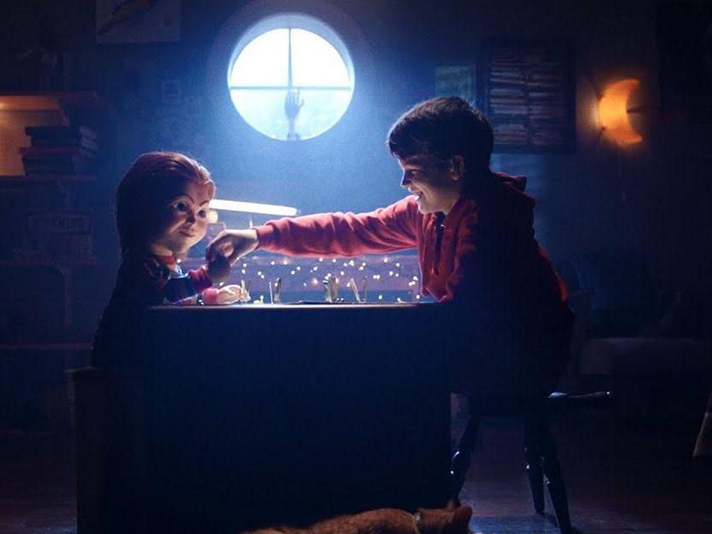 Penulis Skrip Horor Chucky Childs Play Meninggal Bunuh Diri