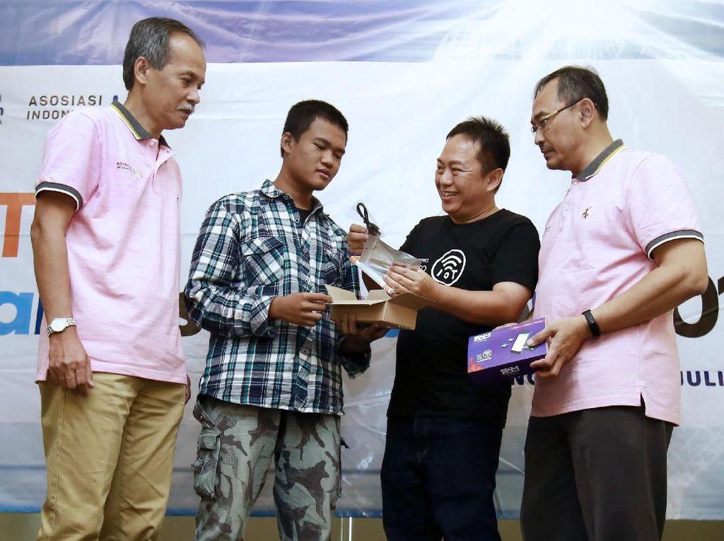 Platform Lokal dalam IoT Makers Creation Tangerang