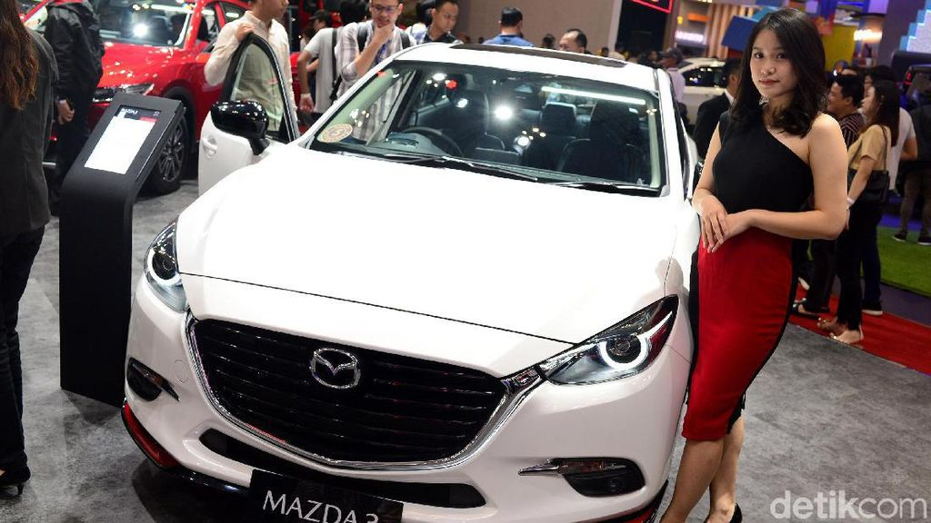 All New Mazda 3 Bersolek
