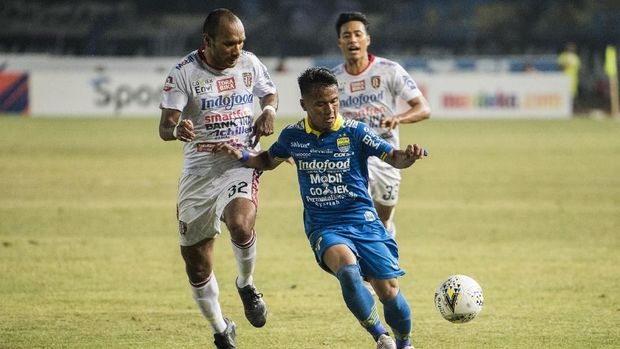 Persib saat menghadapi Bali United. (