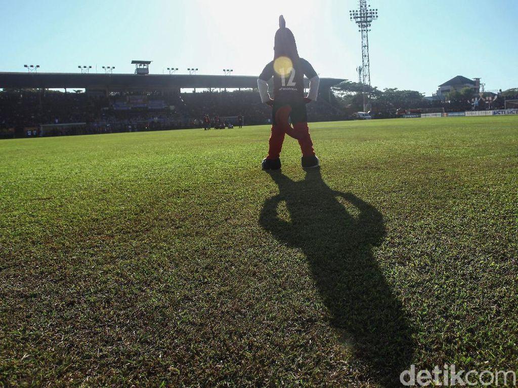 Bangun Mattoangin, Gubernur Sulsel Gandeng Kontraktor Khusus Stadion