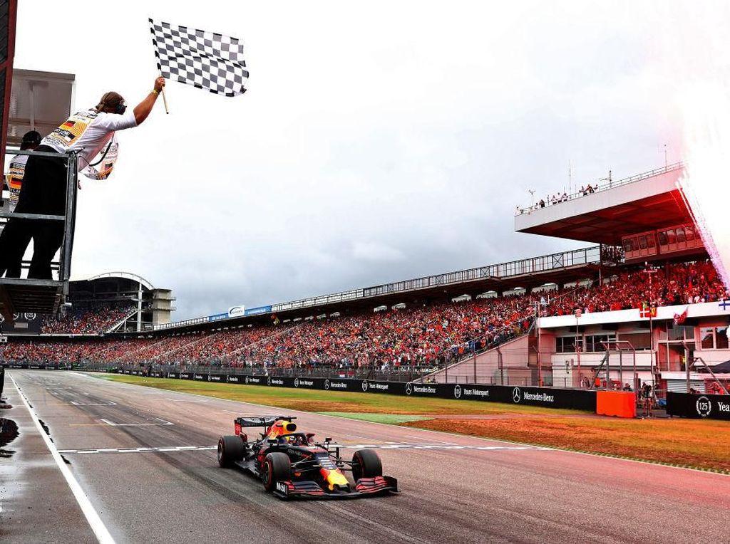 Hasil F1 GP Jerman: Verstappen Juara Usai Duo Mercedes Bernasib Sial