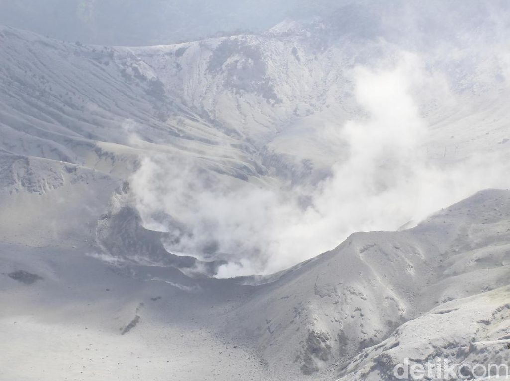 Status Gunung Tangkuban Perahu Naik Jadi Waspada