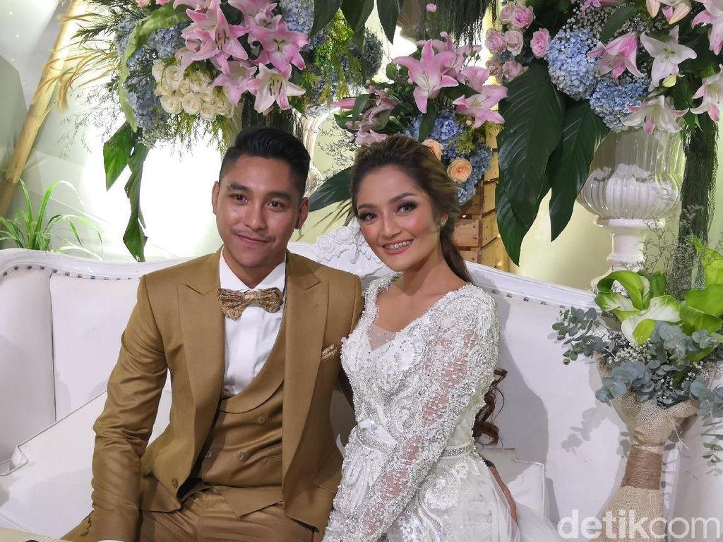 Siti Badriah Merasa Krisjiana Lebih Berwibawa usai Menikah