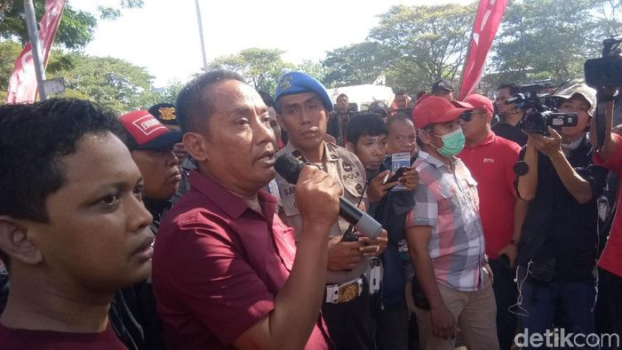 Ketua Panpel leg kedua final Piala Indonesia PSM vs Persija, Ali Gauli. (Foto: Reinhard Soplantila/detikSport)