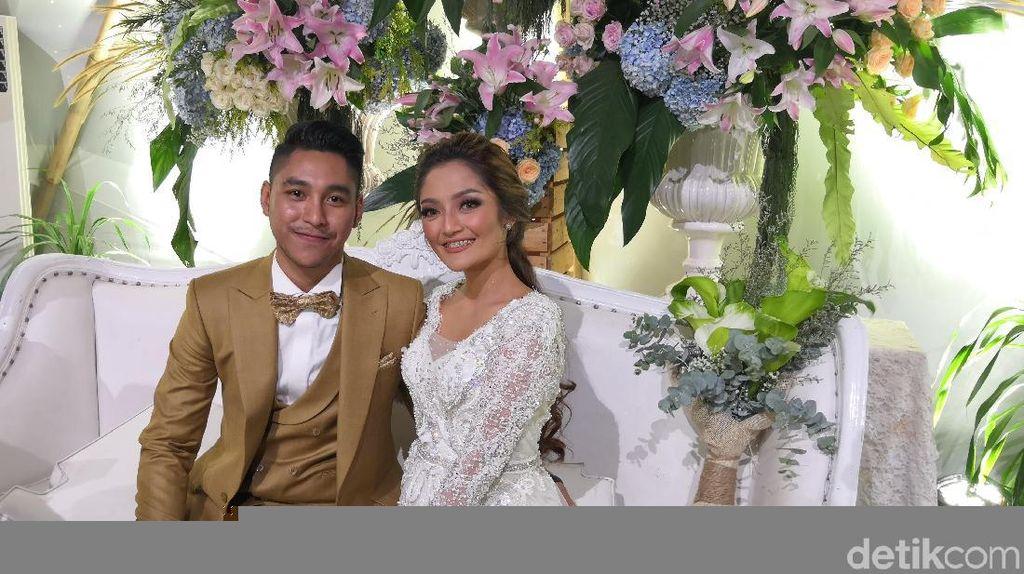 Bergaya Rustik, Ini Potret Resepsi Pernikahan Siti Badriah