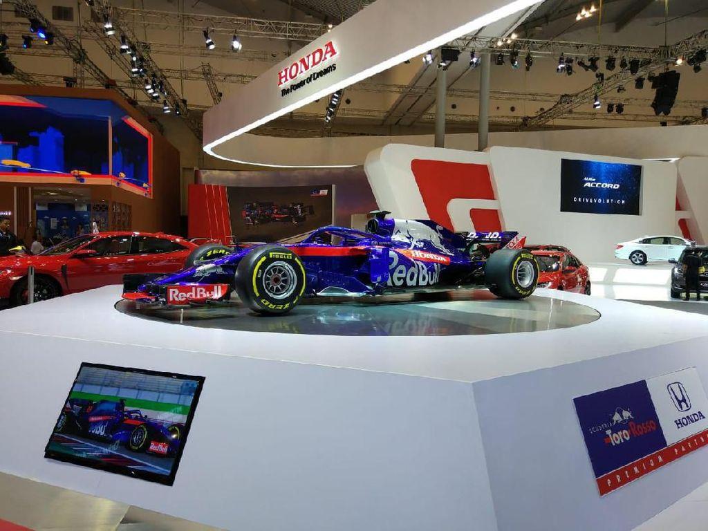 Mobil Formula 1 Honda yang Sedot Perhatian Pengunjung GIIAS 2019