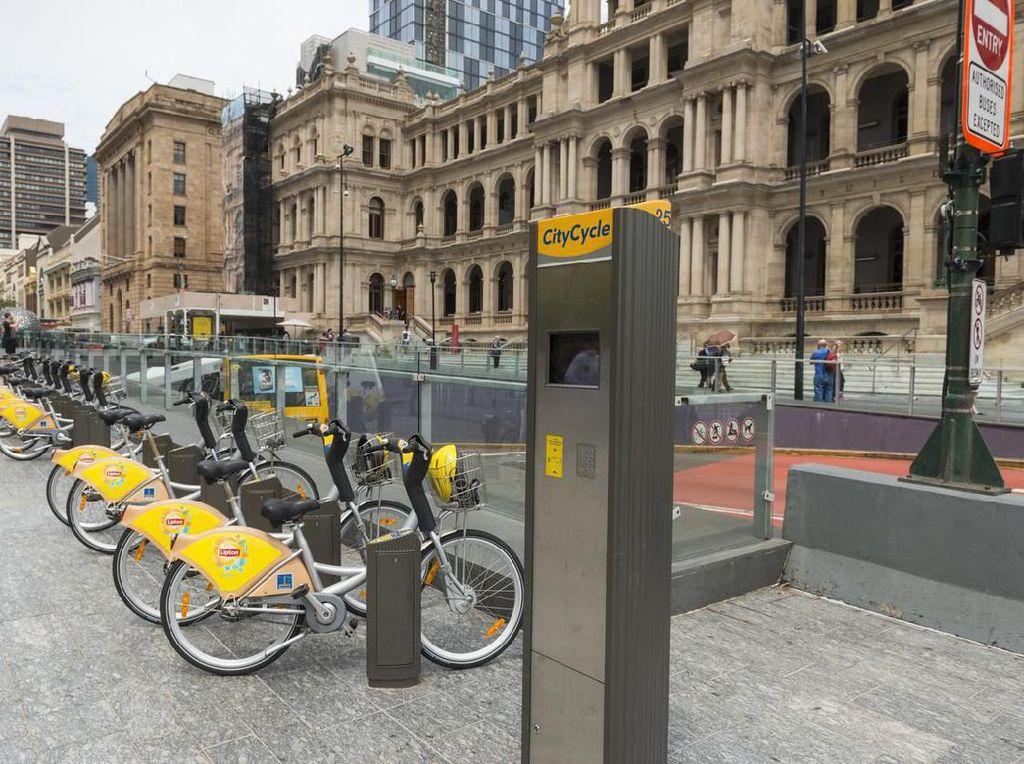 Di Brisbane, Ada Bayi Brojol di Jalur Sepeda