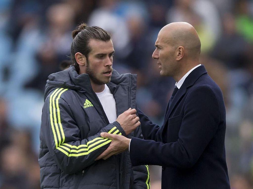 Zidane Masih 100 Persen Mempercayai James dan Bale