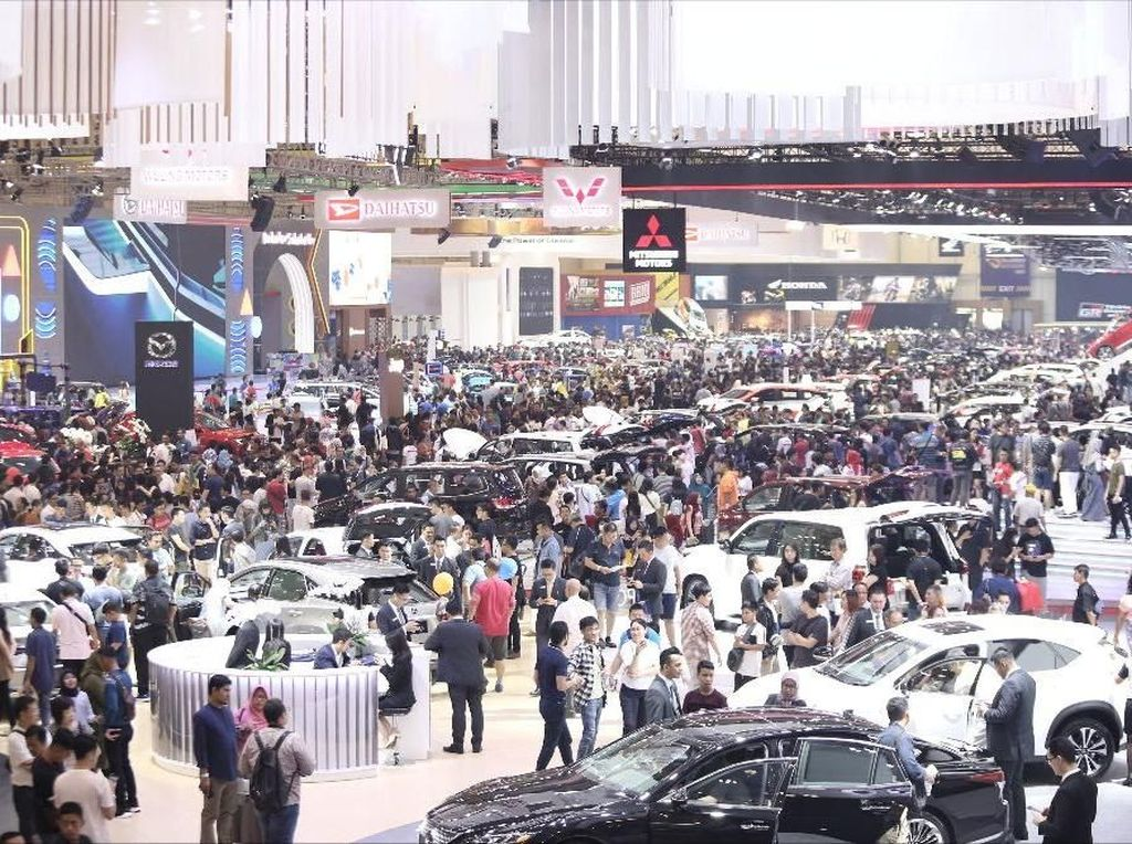 Pameran Otomotif RI Ditunda, padahal Jadi Momen Penjualan Mobil
