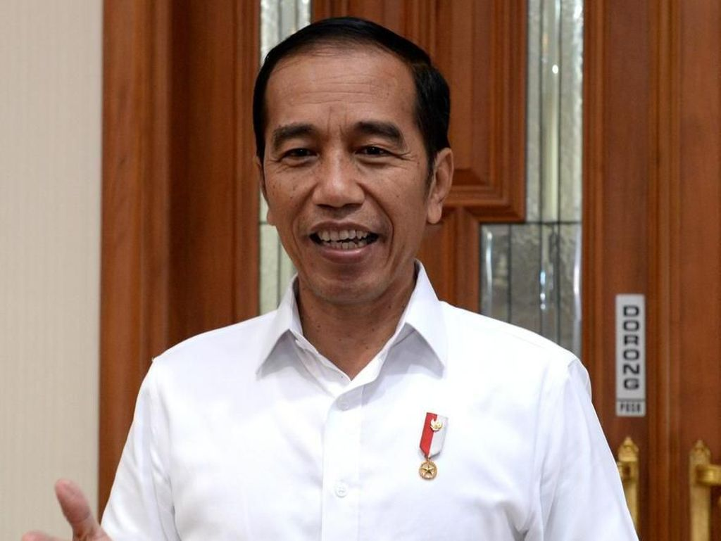 Ditanya soal Perpres Mobil Listrik, Jokowi: Belum Sampai di Meja Saya