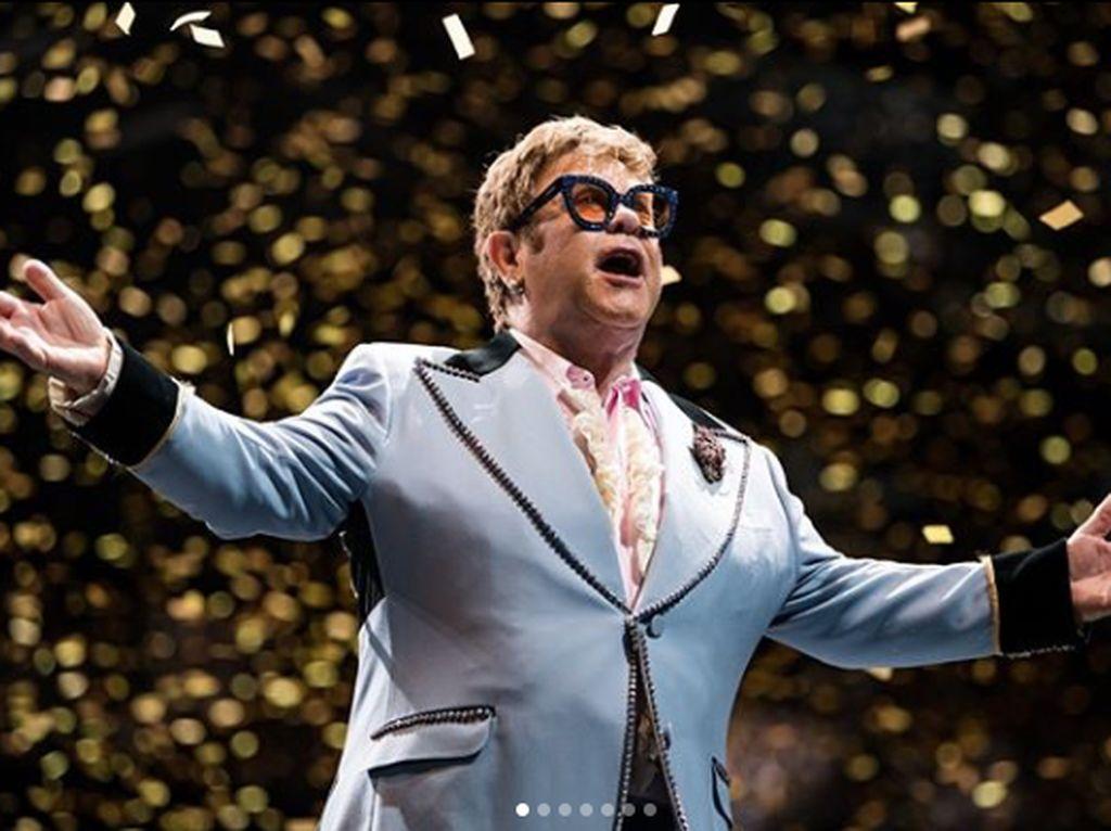 Elton John Minta Fans Beri Dukungan untuk Toko Musik Indie di Masa Pandemi