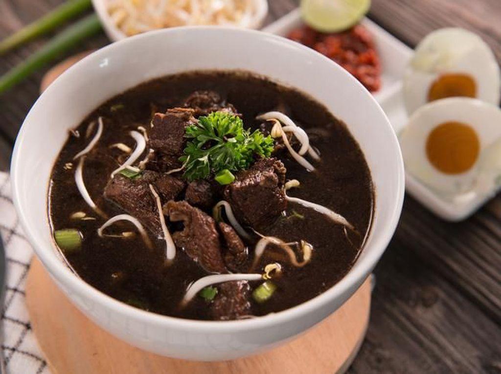 10 Kuliner dan Makanan Khas Surabaya, Rawon Setan Paling Dicari